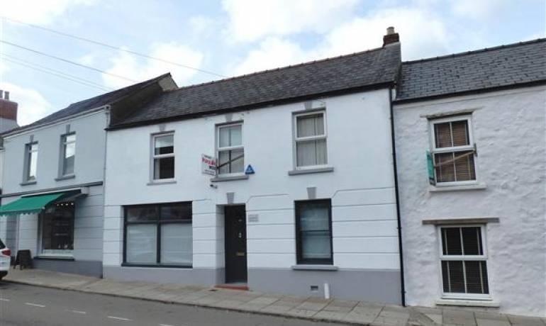 Dew Street, Haverfordwest, Haverfordwest, Pembrokeshire (POM1000730)