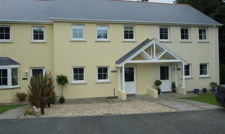 Ty Canol, Houghton, Milford Haven, Pembrokeshire (POM1000765)
