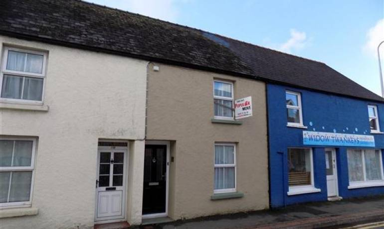 Prendergast, Haverfordwest, Haverfordwest, Pembrokeshire (POM1000781)
