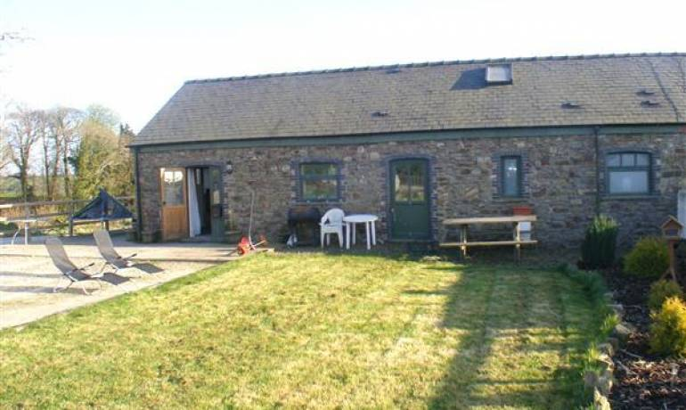Home Farm Cottage, Crundale, Haverfordwest, Pembrokeshire (POM1000847)