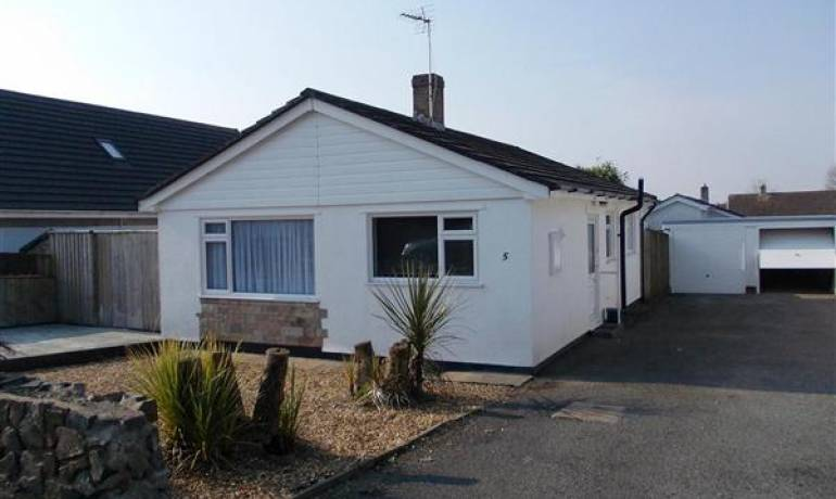 St Leonards Avenue, Crundale, Haverfordwest, Pembrokeshire (POM1000855)