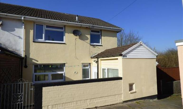 North Court, Haverfordwest, Haverfordwest, Pembrokeshire (POM1000873)