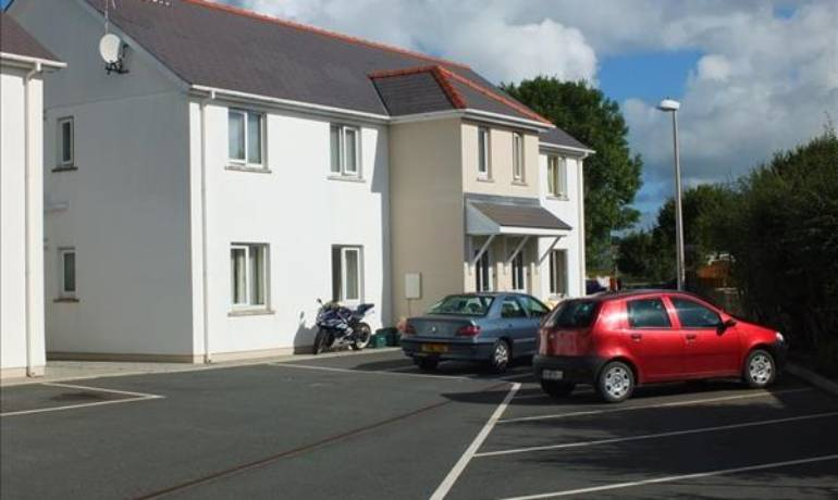 Hall Park Close, Haverfordwest, Haverfordwest, Pembrokeshire (POM1000961)