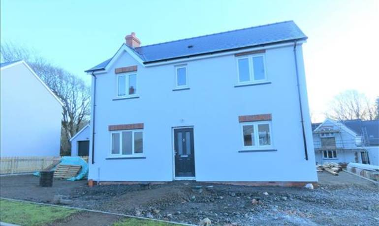 Larchwood, Houghton, Milford Haven, Pembrokeshire (POM1001098)