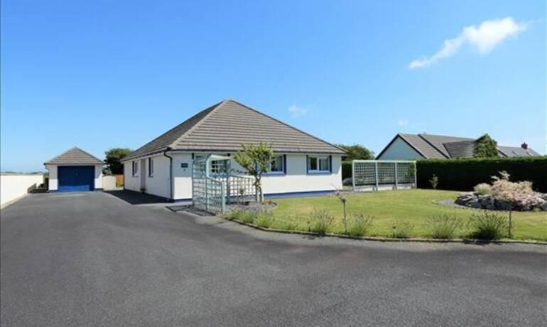 Plumtree Drive, Camrose, Haverfordwest, Pembrokeshire (POM1001223)